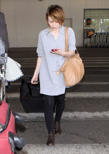 Emily Browning Sucker Punch actress Emily Browning arriving on a flight at LAX airport in Los Angeles, CA.