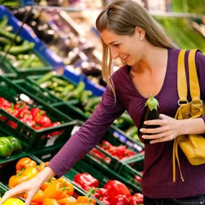 Yesterday on #HealthTalk we chatted about a new study that found fruits and vegetables are cheaper than candy and junk food. Will this affect how you shop at the grocery store?