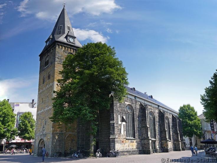 Oude Markt - Grote Kerk (2008-05-23)