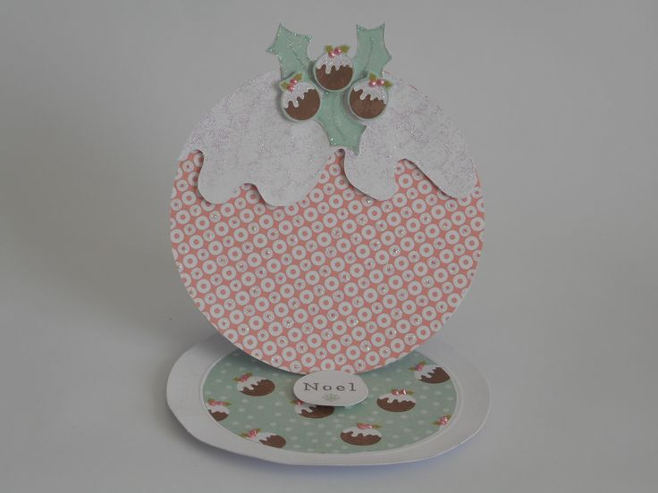 Christmas Pudding Easel Card by Phillipa Lewis using Craftwork Cards Peppermint Forest Collection.