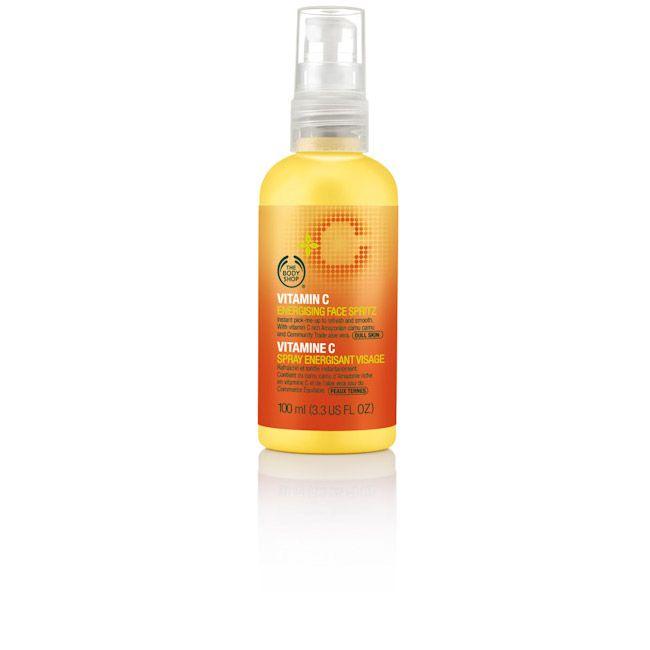 C-vitaminos arcfrissítő permet
