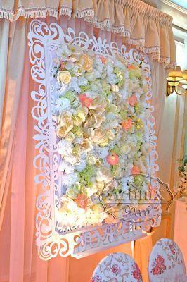 Свадебная арка, как белоснежное кружевное панно с цветами