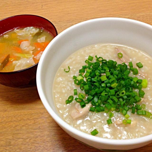 風邪ひきさんの晩御飯 - 4件のもぐもぐ - 鳥肉と生姜入り中華粥、豚汁 by mikmik