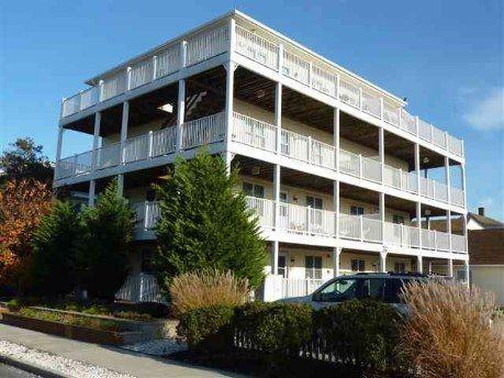 111 W. Lavender Road, Wildwood Crest. Third Floor, 2 Bedrooms/1 Bath. The Wrap around deck overlooks the Pool  www.NJByTheSea.com
