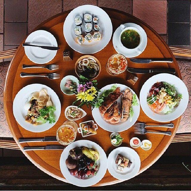 WEBSTA @ ayodyabali - Various cuisines from our 5 distinguished restaurant.Thank you @fandylo for sharing 😊#ayodya #ayodyabali #bali #nusadua #vacation #holiday #leisure #travel #resort #brunch #saturdaybrunch #ayodyafood #ayodyabrunch