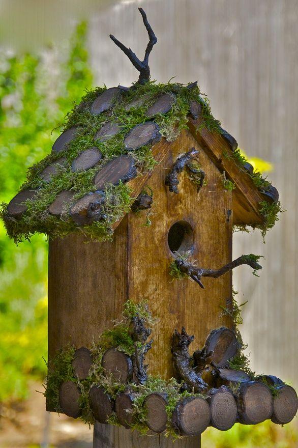 http://fashion-1122.blogspot.com - My first home made bird house!