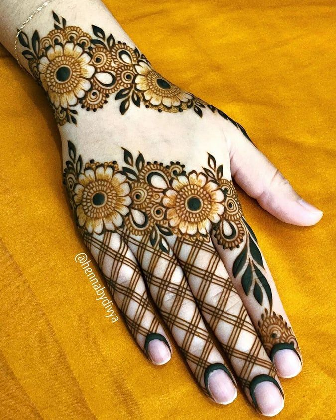 35 Beautiful And Easy Mehndi Designs For Eid You Must Try Latest Mehndi Designs Mehndi Designs For Hands Simple Arabic Mehndi Designs