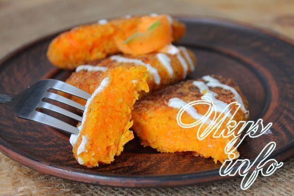 Сочные внутри и хрустящие снаружи морковные котлеты не могут оставить равнодушным даже того, кто не особо любит морковь. Это блюдо невероятно вкусное и сытное. Оно идеально подойдет на полдник в соче…