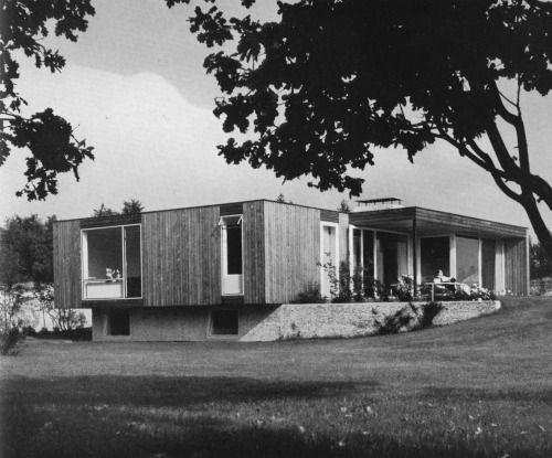 """architektenhaus bei braunschweig, architekt: hans-joachim pysall, aus """"landhaus und bungalow"""", 1961"""