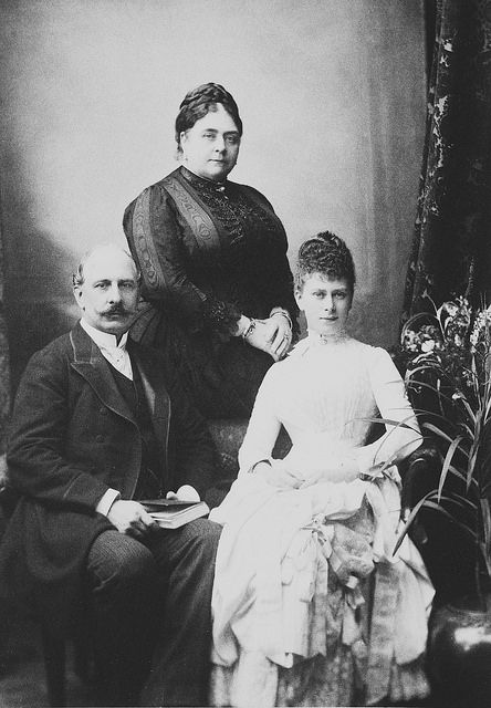 QUEEN MARY WITH HER PARENTS THE DUKE AND DUCHESS OF TECK   Flickr - Photo Sharing!
