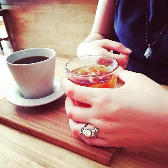 My best friend wears her 2 ct diamond engagement ring which I especially designed for her. It looks really gorgeous on her. Contact with us and get your own design. #klaragioielli #bigdiamond #2ctdiamond #romanticstyle #radishpinkdiamond #pinkdiamond #pearl #engagementring #18kgold #highend #highendjewelry #luxury #luxuryjewelry #bespoke #madetoorder #custom #customjewelry