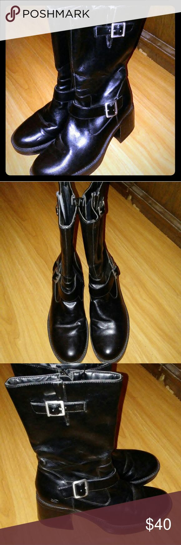 Women's Black Sketcher Boots Size 9 Pre-owned, Below the knee, normal wear on bottom Skechers Shoes Lace Up Boots