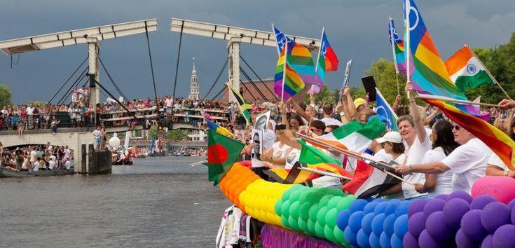 Las mejores zonas y barrios para gays y lesbianas de Amsterdam - http://www.absolut-amsterdam.com/las-mejores-zonas-y-barrios-para-gays-y-lesbianas-de-amsterdam/