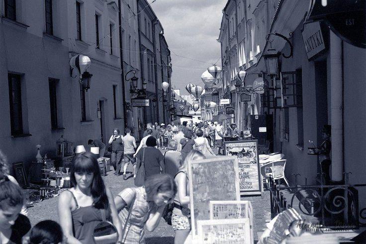 Street Fair Scernes