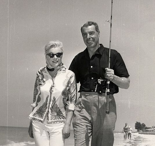 226 best images about marilyn and joe on pinterest for Marilyn jean fishing