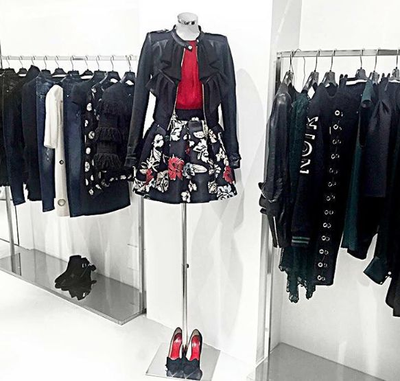 """Feminine silky flowers and play of color contrasts with red and black, create a sprint day to evening look!  Leather jacket """"Clara"""", red blouse """"Hemsbach"""" and flowers printed skirt """"Plaisir"""" >> available in our store in Via Santa Maria 35, Desenzano del Garda and online: www.mangano.com"""