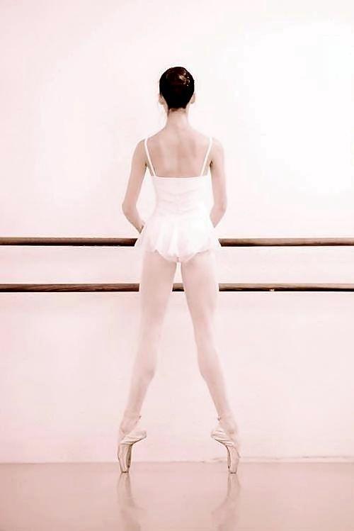 http://theworlddances.com/ #ballet #dance