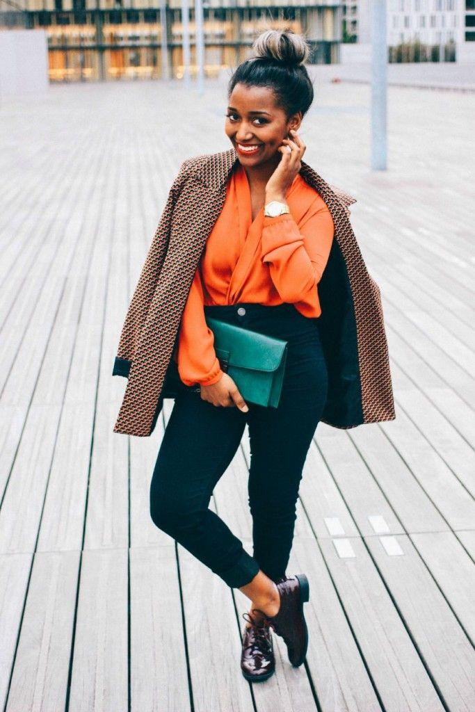 Look de bureau / travail dans une palette de couleurs d'automne. Veste…