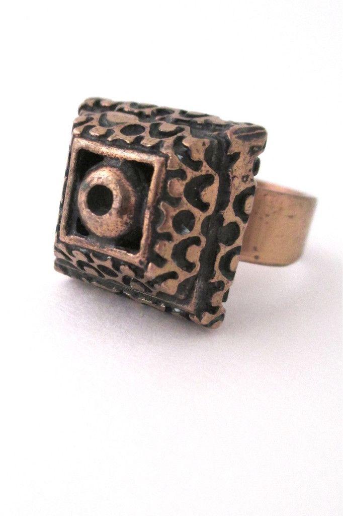 Pentti Sarpaneva, Finland - large vintage square bronze ring #bronze #Finland #ring