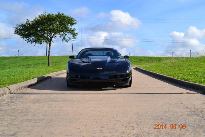 1999 C5 Corvette For Sale: Standard Removable Roof Panel Excellent Condition - Seller: Sean Dooley