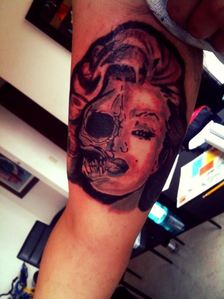 Zombie Tattoo en Bogota
