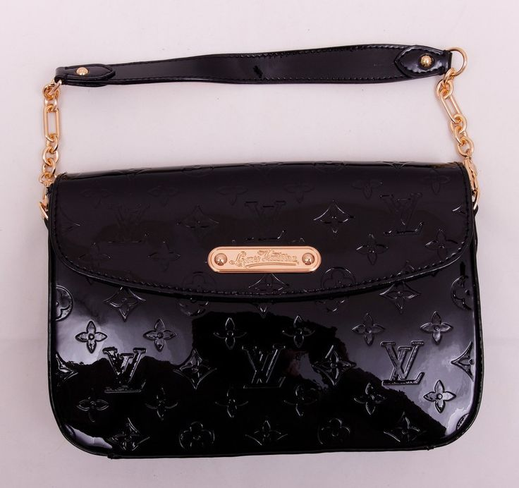 Сумка Louis Vuitton из черной лакированной кожи в монограмму, средних размеров. Размер 26x17x5cm #19640