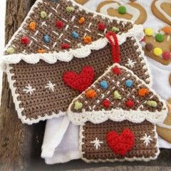 Gingerbread House Potholders Free Pattern www.dropsdesign.com