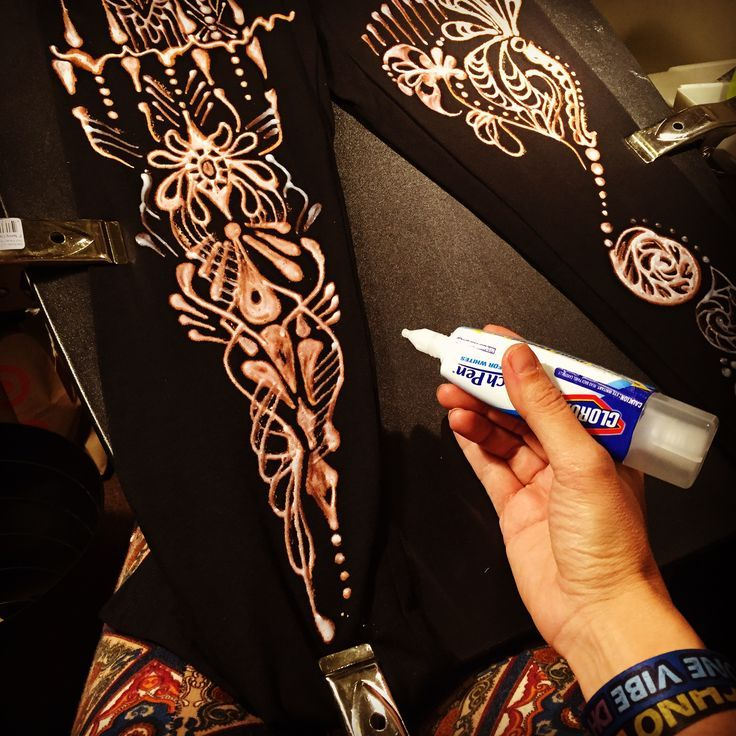 Drawing on black leggings with a Clorox Bleach pen. Order your custom pair  at my
