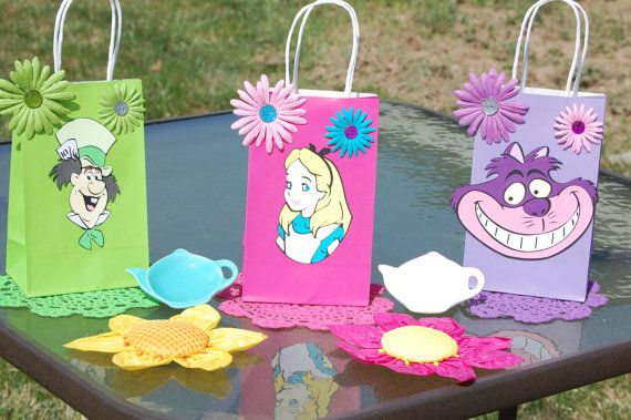 Alice In Wonderland Party Favors Favor Bags By Cagedbirdscreations