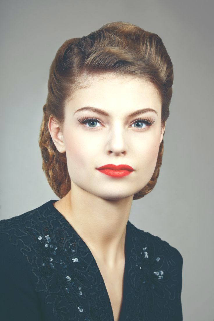 glam 1940/ 1950s styling | Wedding hair and makeup, 1940s