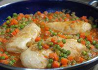Pollo Arvejado - Stewed Chicken with Peas