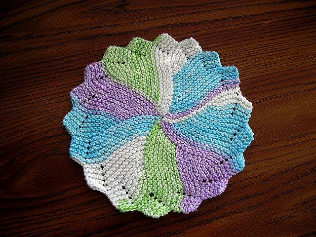 Free Knitted Round Dishcloth Patterns : Round Dish Cloth by scrappingcathy, via Flickr Knitted Gift Ideas Pintere...