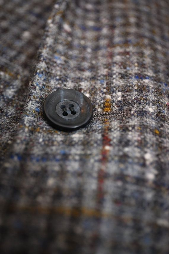 Vintage Grey Houndstooth Tweed Sport Coat Size by AsperityVintage