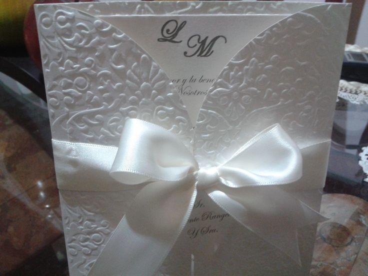 Invitacion repujada boda
