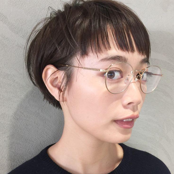 新しいショートヘアは前髪とのバランスが大切。