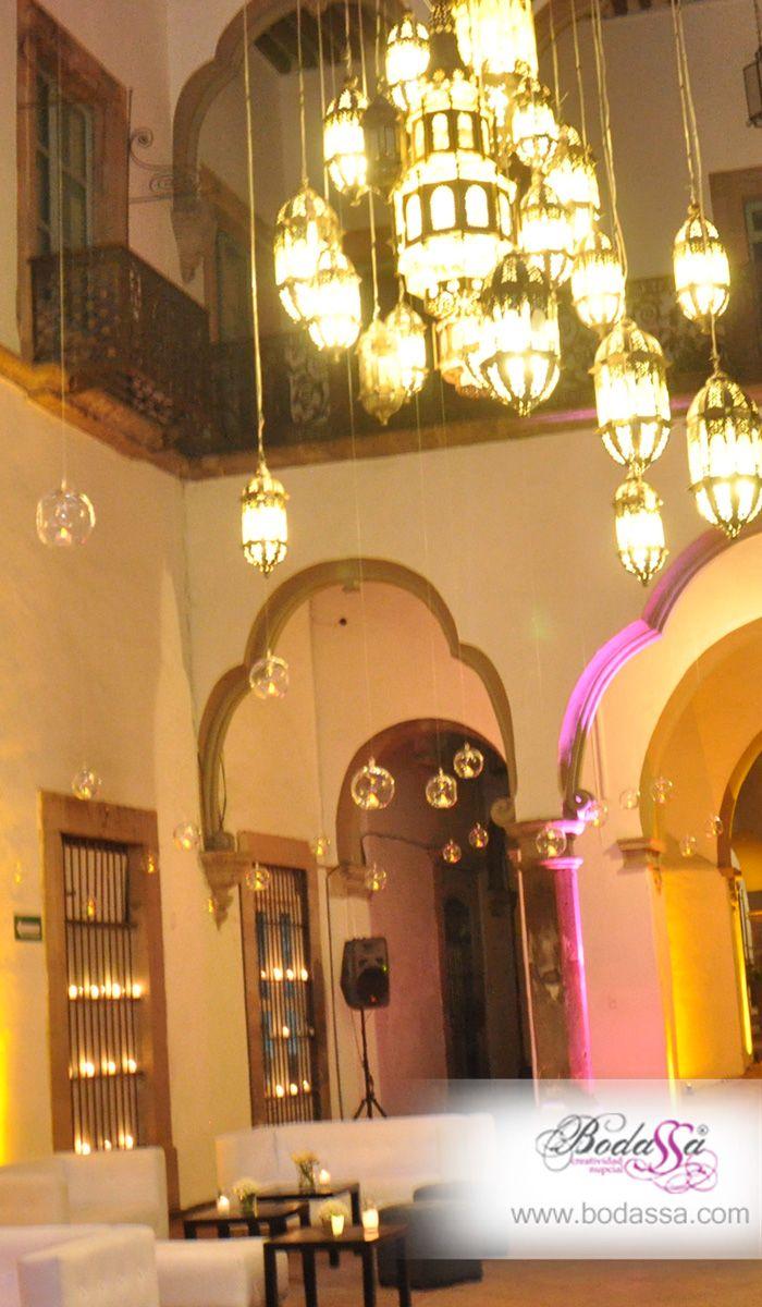 Iluminación Arquitectonica en la recepción de tu boda