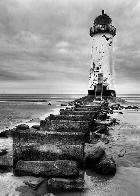 Point of Ayr lighthouseTalacre beach.Gower Peninsula, south Wales 53.356952, -3.322052