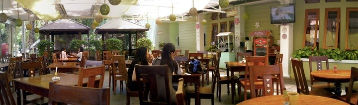 #TreeHouse #Cafe, #Bandung #indonesia #panorama