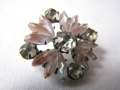 Antique Saphiret Glass Brooch Pin