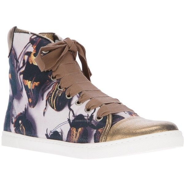 LANVIN beetle print hi top trainers (129.050 CLP) ❤ liked on Polyvore featuring shoes, sneakers, beetle print sneaker, beetle print trainer, gold trainer, hi top trainer, lanvin sneakers, leather high top sneakers, white high tops and leather shoes