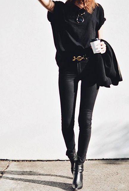 Street style | Edgy black fall fashion