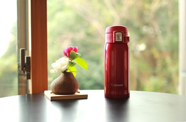 A constant companion, our lightweight SM-SA vacuum bottle took a trip with us to see family in Japan.  Where does your #ZoGo?