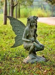 Hasil gambar untuk patung untuk taman