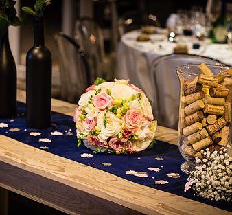 Un mariage raffiné sur le thème du golf et du vin au golf de l'île fleurie à…