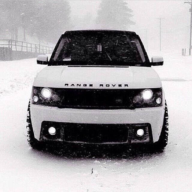 2017 Land Rover Range Rover, Range Rover Sport, Range Rover Evoque, #RoverCompany #LandRover #Bumper #Snow White - Follow #extremegentleman for more pics like this!