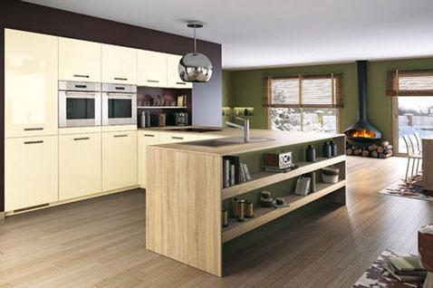 cuisine avec ilot finition ch ne clair et meubles ivoire mobalpa cuisine facades and decoration