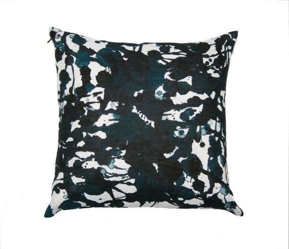 Modern cushion cover made in Australia by PeachyArtandTreasure  enter code: 197202 for 50% off