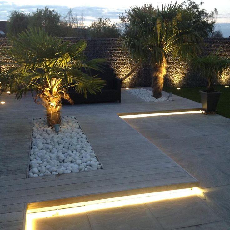 Gartenbeleuchtung, Palmen, Holz, Stein