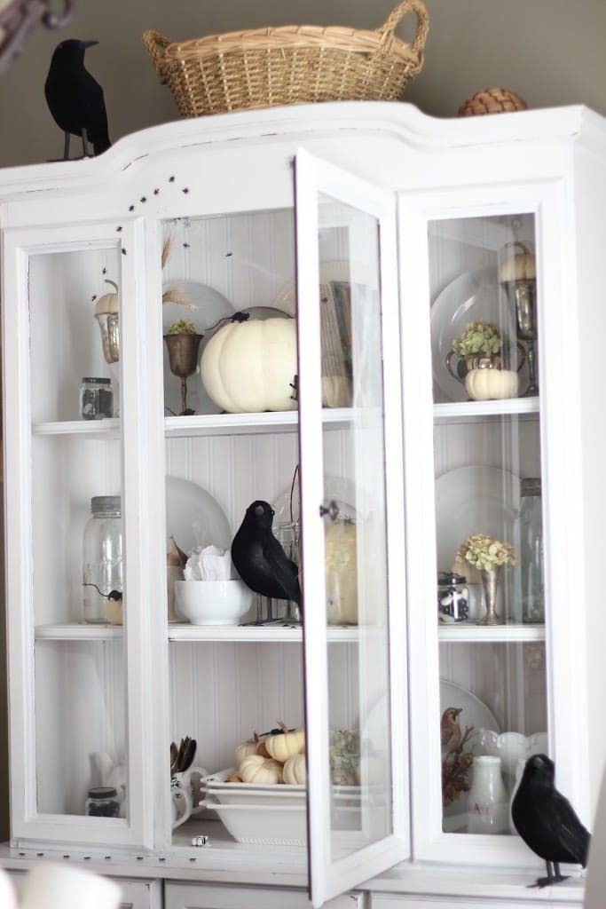 elegant ways to decorate your home for halloween