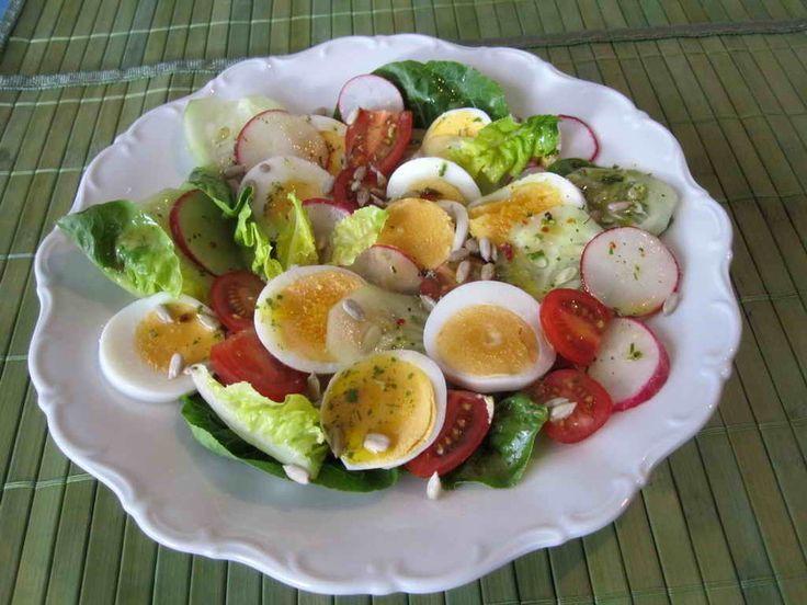 Gemischter Salat mit Wildkräutern – Salate – #mixed #with #salad #salate #W …… – Salat Rezepte